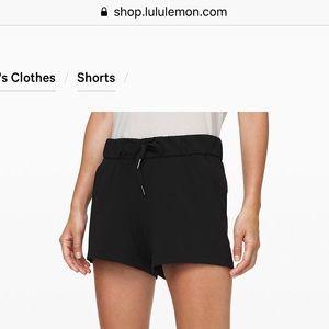 "Lulu lemon on the fly 2.5"" shorts worn once!"